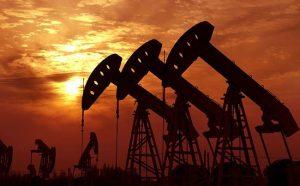 空压机应用于石油开采的图片